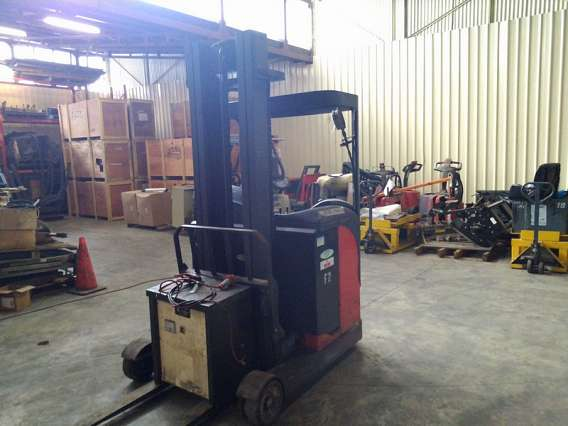 Used Linde Sit Down Reach Truck