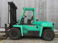Large Capacity Forklift Trucks