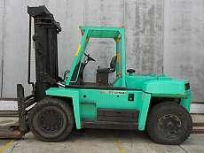 Large Capacity Forklift Trucks