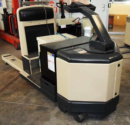 Used Crown Electric Pallet Truck 3000kg