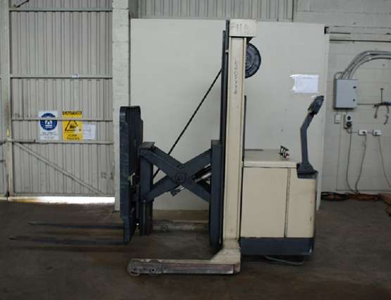 Walkie Reach Stacker For Sale