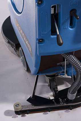 Narrow Floor Scrubber