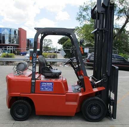 J02 Nissan Forklift