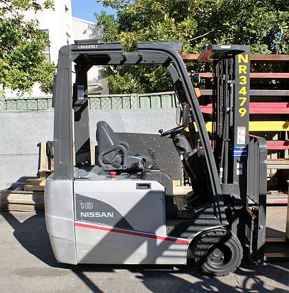 3 Wheel Electric Forklifts 1800kg+