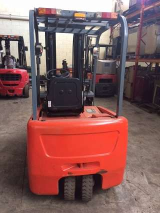 Used 2T EP 3 Wheel Forklift