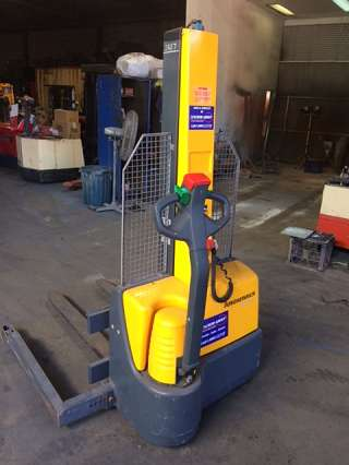 Used Walkie STacker