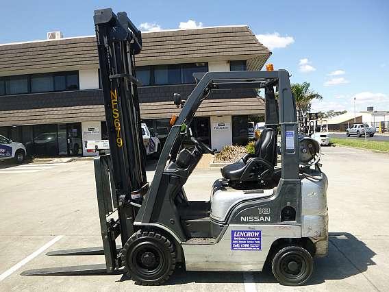 Used Nissan L01A18U Forklift