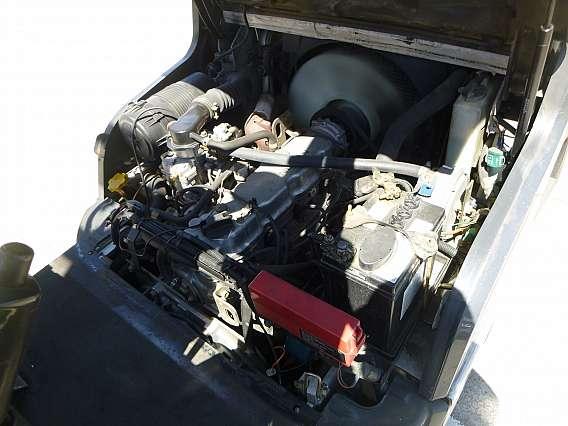 Used Nissan L01A18U 1800 kgs Forklift
