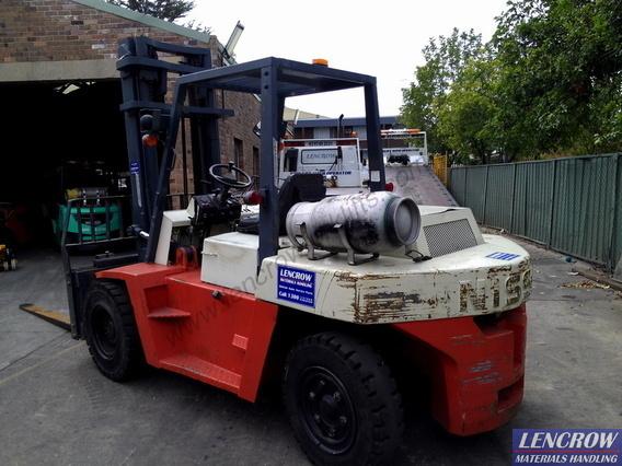 Nissan Forklift LPG