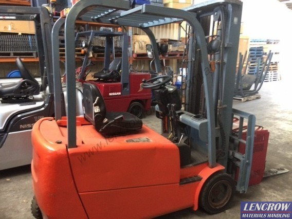 3 wheel EP forklift