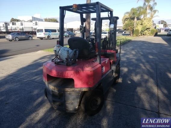Nissan PJ02A25U LPG Forklift