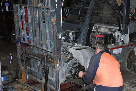 Refurbishments Of Forklift