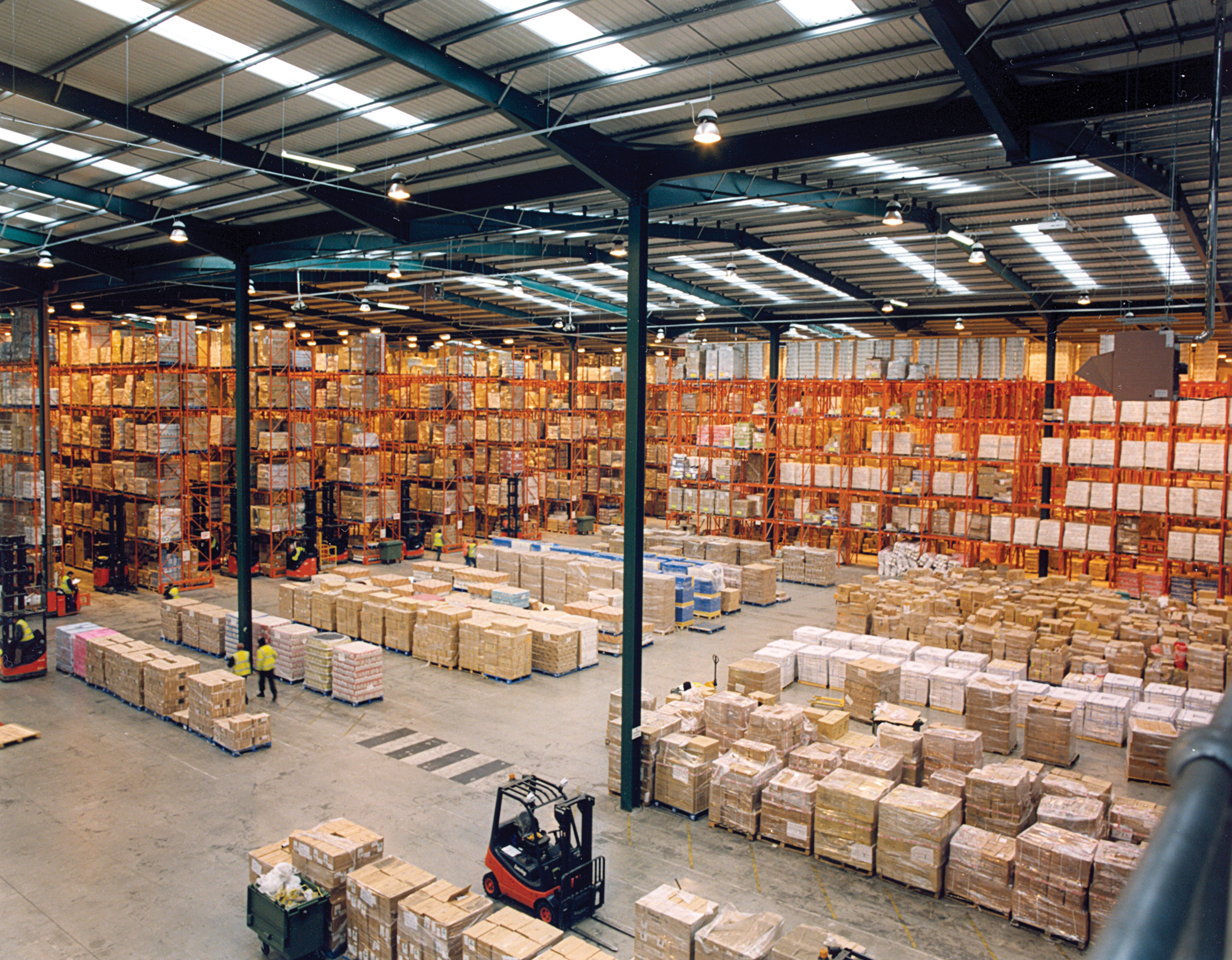Warehouse Management with use of equipment