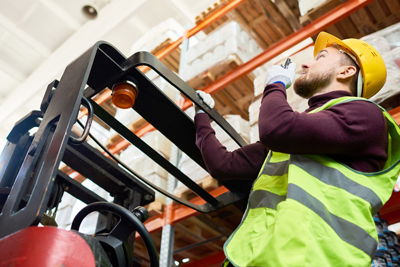 Lencrow - Forklift Rental (4)