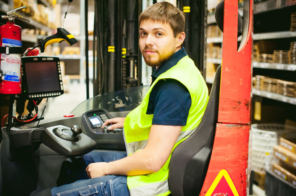 Cheat Sheet: Things To Know Before You Wet Hire A Forklift